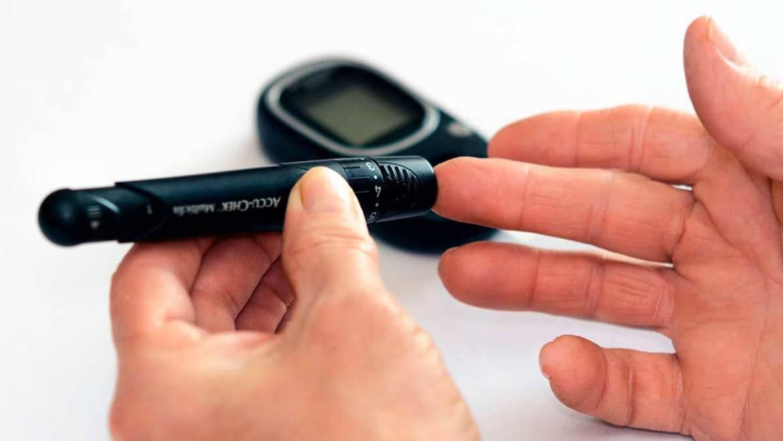 Análisis de glucosa y colesterol